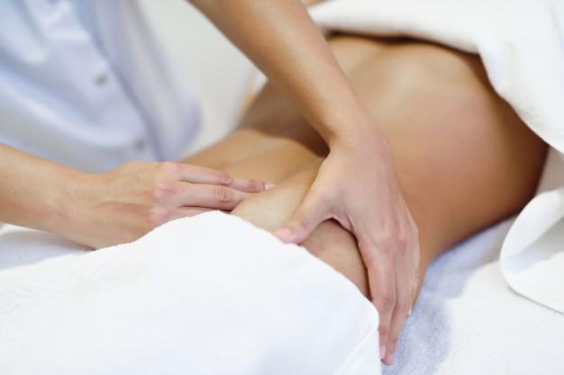 Il massaggio nel trattamento dell'intestino pigro.